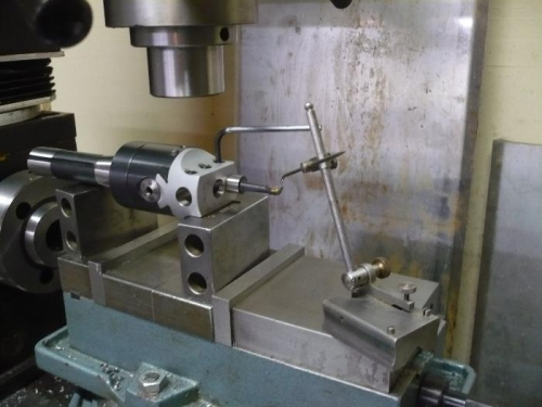 Set angle on boring tool