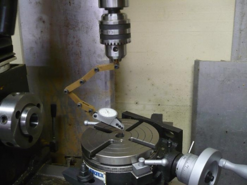 Line up center of rotary table