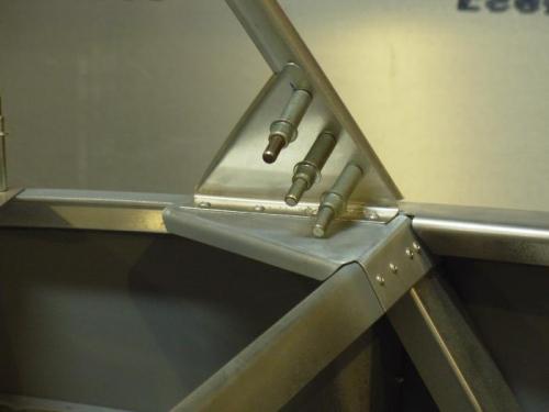 Front tube frame gusset