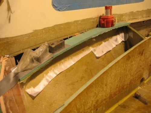 Top flange onto slanted bulkhead