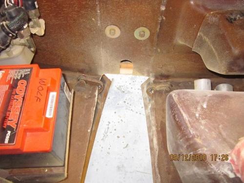 Nose gear doors from inside