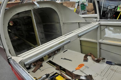 Manual Flaps & Baggage Bulkhead Removed