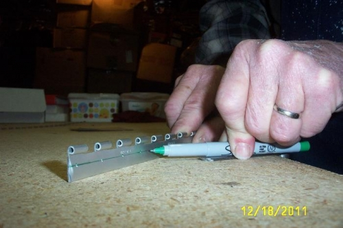 Feller gauge puts Sharpie in position