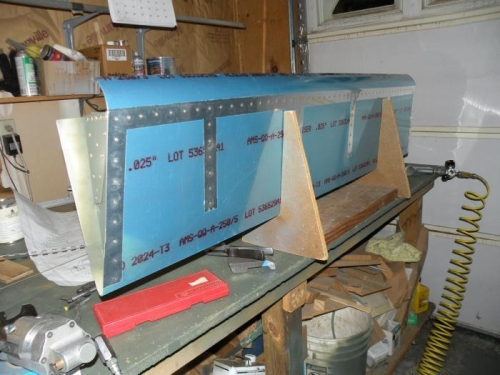 Right flap done except for the ones closest to the trailing edge on the outboard rib.