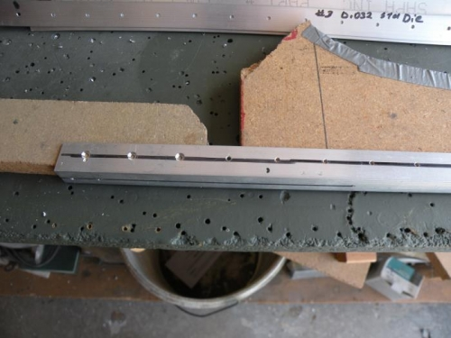 This is how I stabilized forward fuselage angles for countersinking.