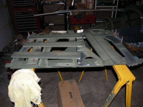 All baggage ribs and some seat ribs with faying surfaces primed.
