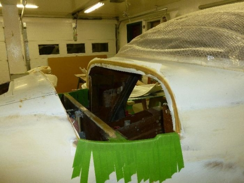 Fuselage with peel-ply
