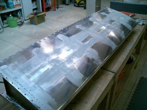 Filling rivet lines
