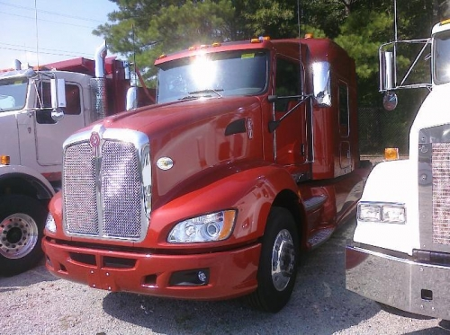 Here's the truck (again).  In person it's a bit more orange/red than brown
