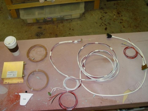 FastStack wiring harness and UAT Antenna