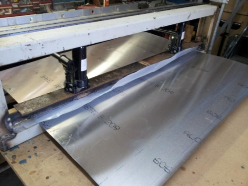 trailing edge press