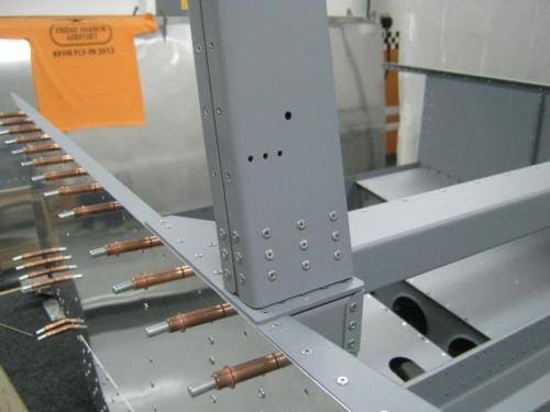 Riveted left rollbar base