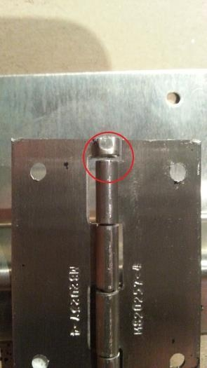 Pin not covering whole of hinge.