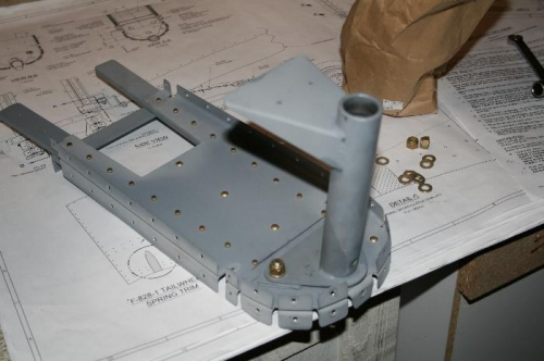 Tailwheel mount bolted to the F811 bulkhead