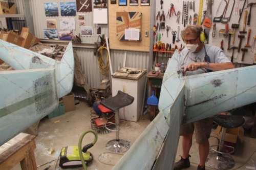 Cutting Winglet coves with portable electric router table