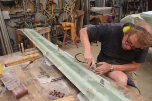 Profiling exposed foam, cutting flox corners