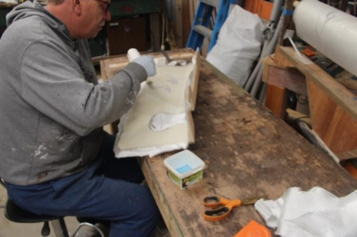 glassing inside front armrest