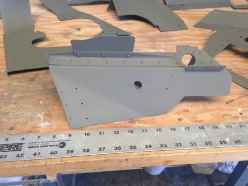Right ramp with opening for alternator blast tube