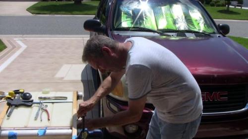 Installing fuel tank fittings