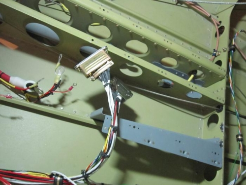 ADSB connector