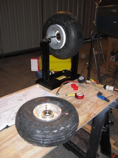 Nose Wheel and Balancing a Main Wheel