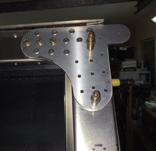 Wing attach bracket