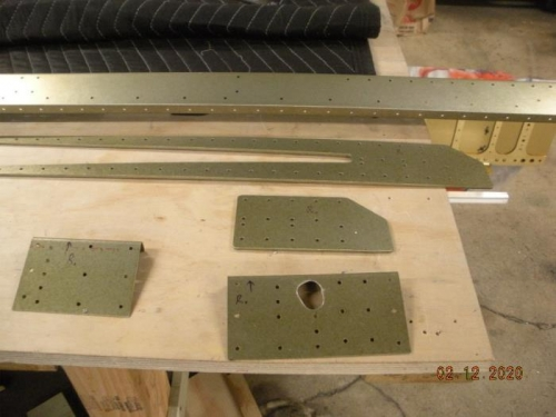 Primered spar components