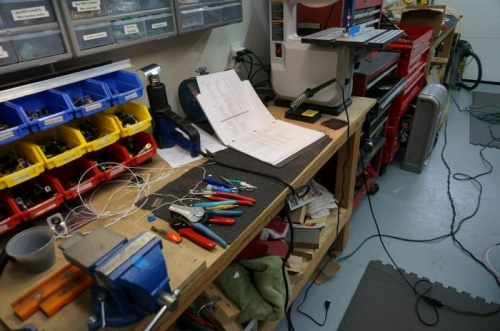 Hard to keep the work bench need when wiring