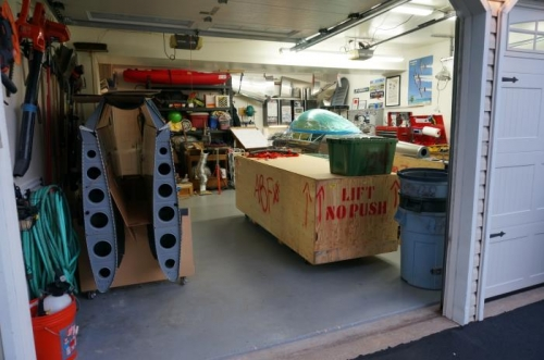 Easier access to crate worksurface from fuselage