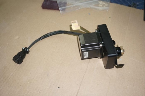 CPC connector on roll servo