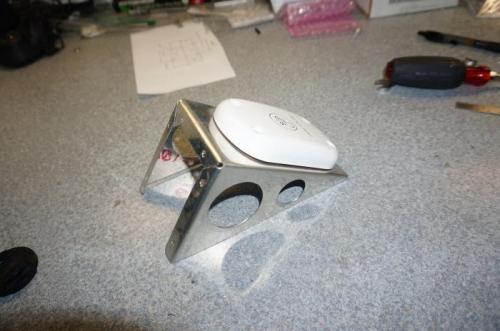 GPS antenna mount