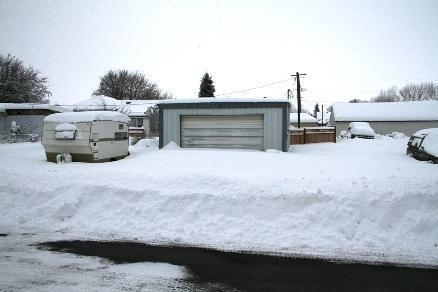 Snow in front of the shop ....