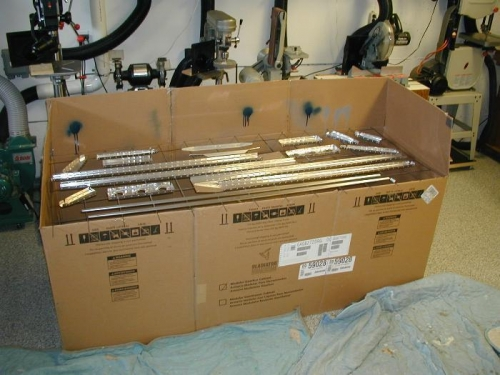 Box to control overspray