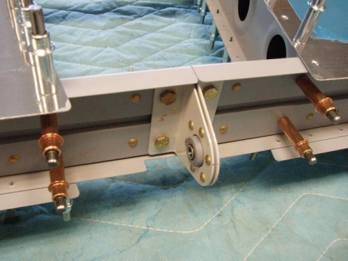 Rear Spare / Elevator hinge