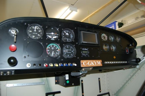 glare shield extend about 1 inch over the instrument panel