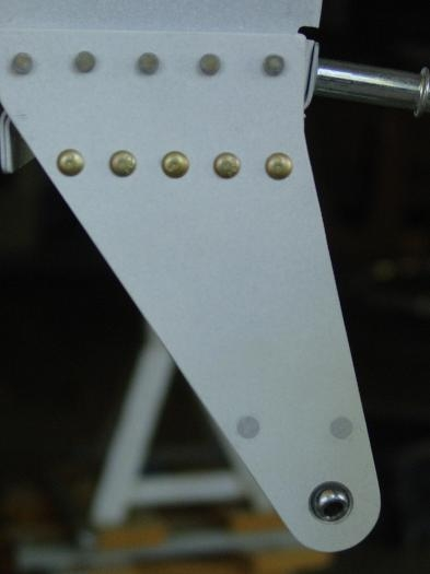Right outbd aileron bracket