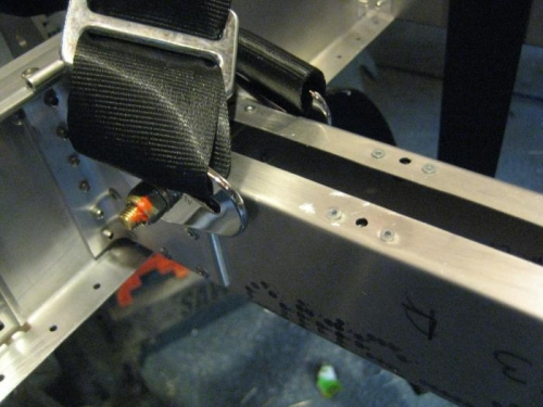 Attached center seat belts with -27 bolt