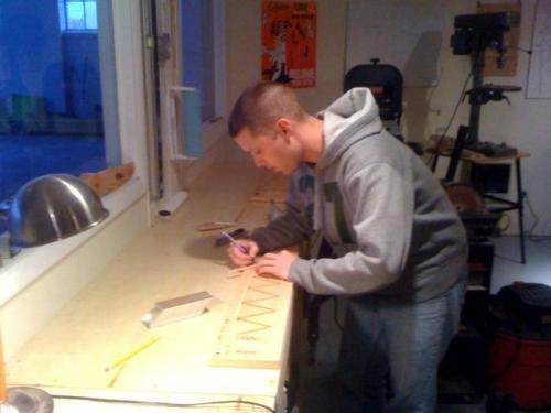 Porter Building a Rib
