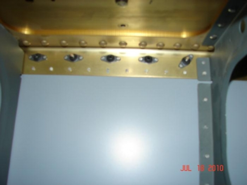 Internal Rivets Right Wing