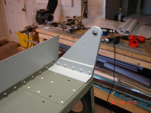Right Aileron Hinge Point