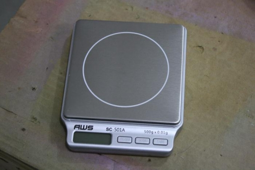 New scale used for Proseal, 0.01 g accuracy