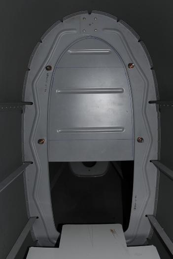 Rear bulkhead closeout panel