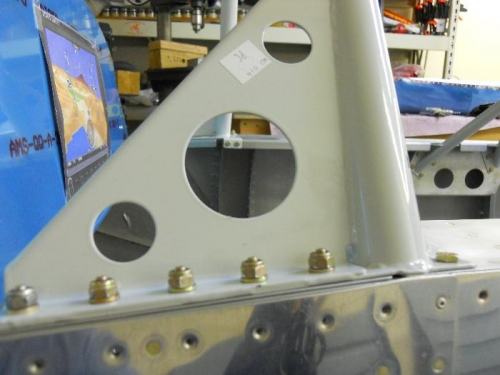 Windsxreen flange bolted to rails