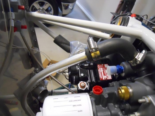 The FF-705 breather tube connected to engine via rubber hose