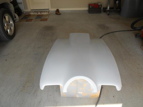 Lower cowl with sanding primer