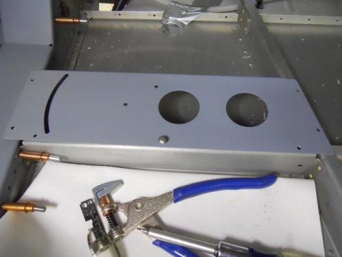 Mounting plate in position