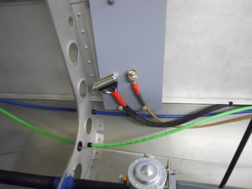 Antenna and wire bundle--waiting for the xponder