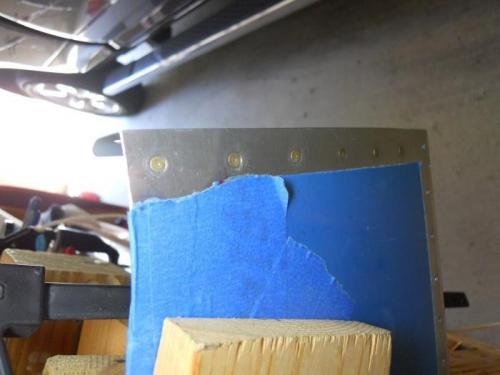 6  rivets set on left side