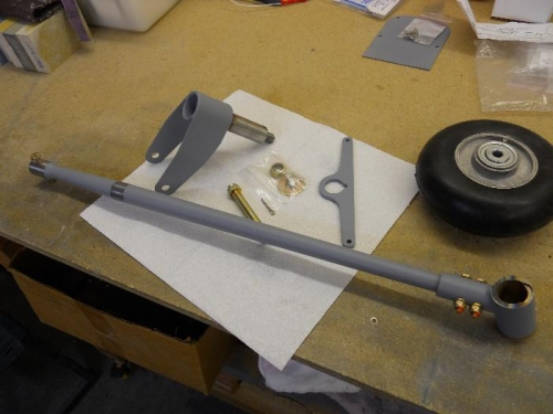 Primered all of the tail wheel parts