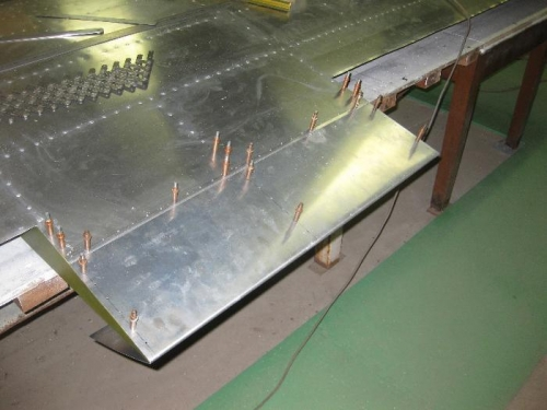 Right wing Trailing edge